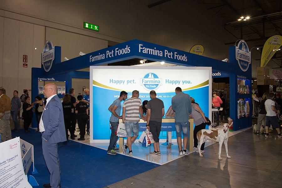 stand farmina world dog show milano