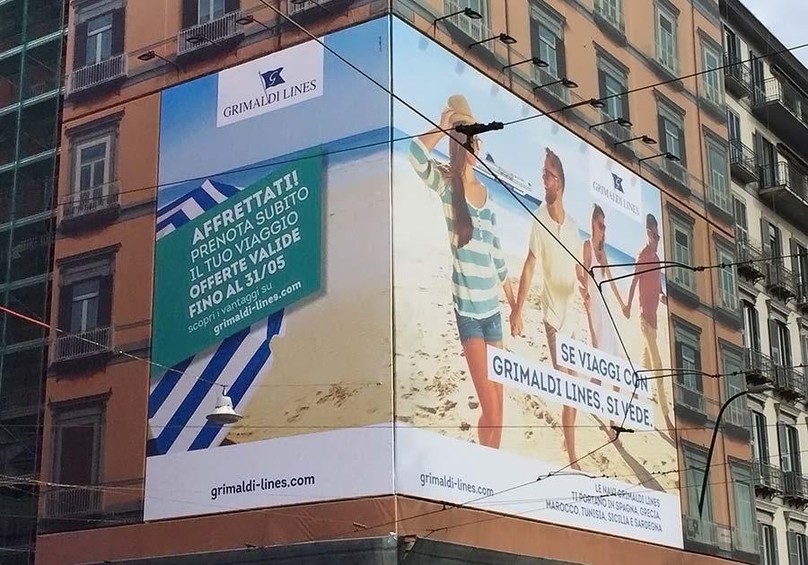 maxi-poster-grimaldi-piazza-vittoria